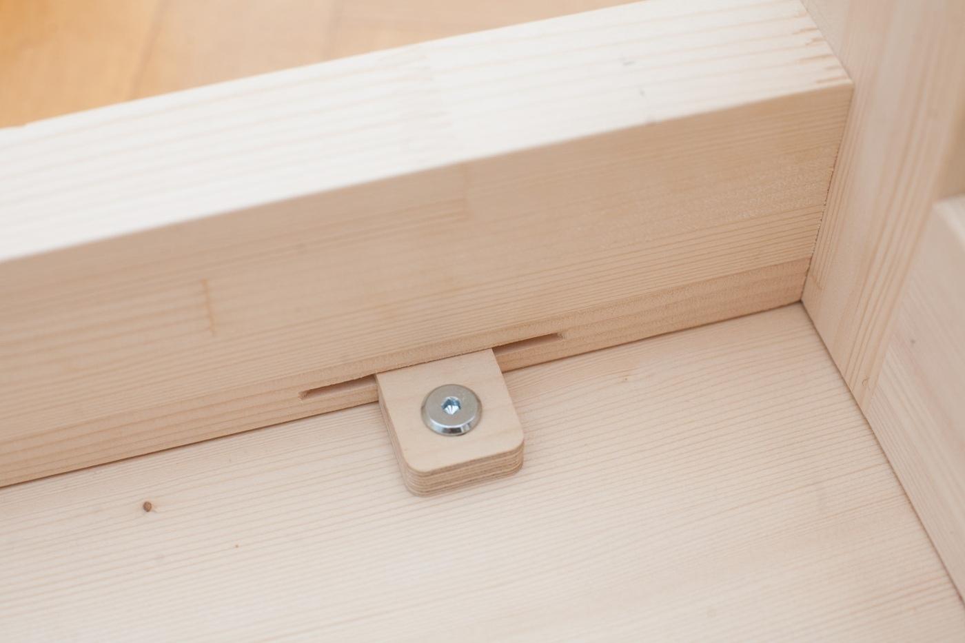 Eine Kleine Sitzbank Mit Polsterung Eigenbaukombinat