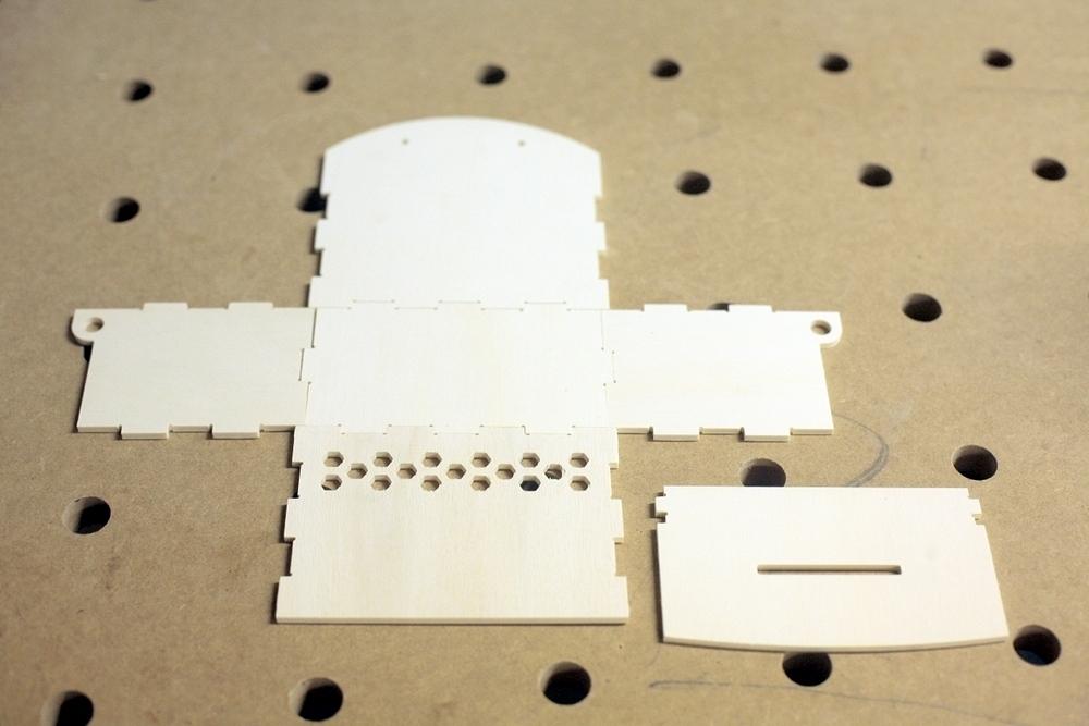 Eine kiste f r die verbrauchsmaterialkasse eigenbaukombinat for Welche deckel sammeln